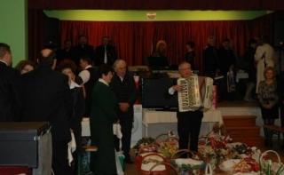 Dénesfa–Erdély: vendégségben erdélyi kosaras bálon